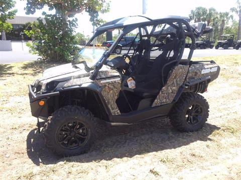 2017 Can-Am COMMANDER HUNTER EDITION in Hobe Sound, Florida