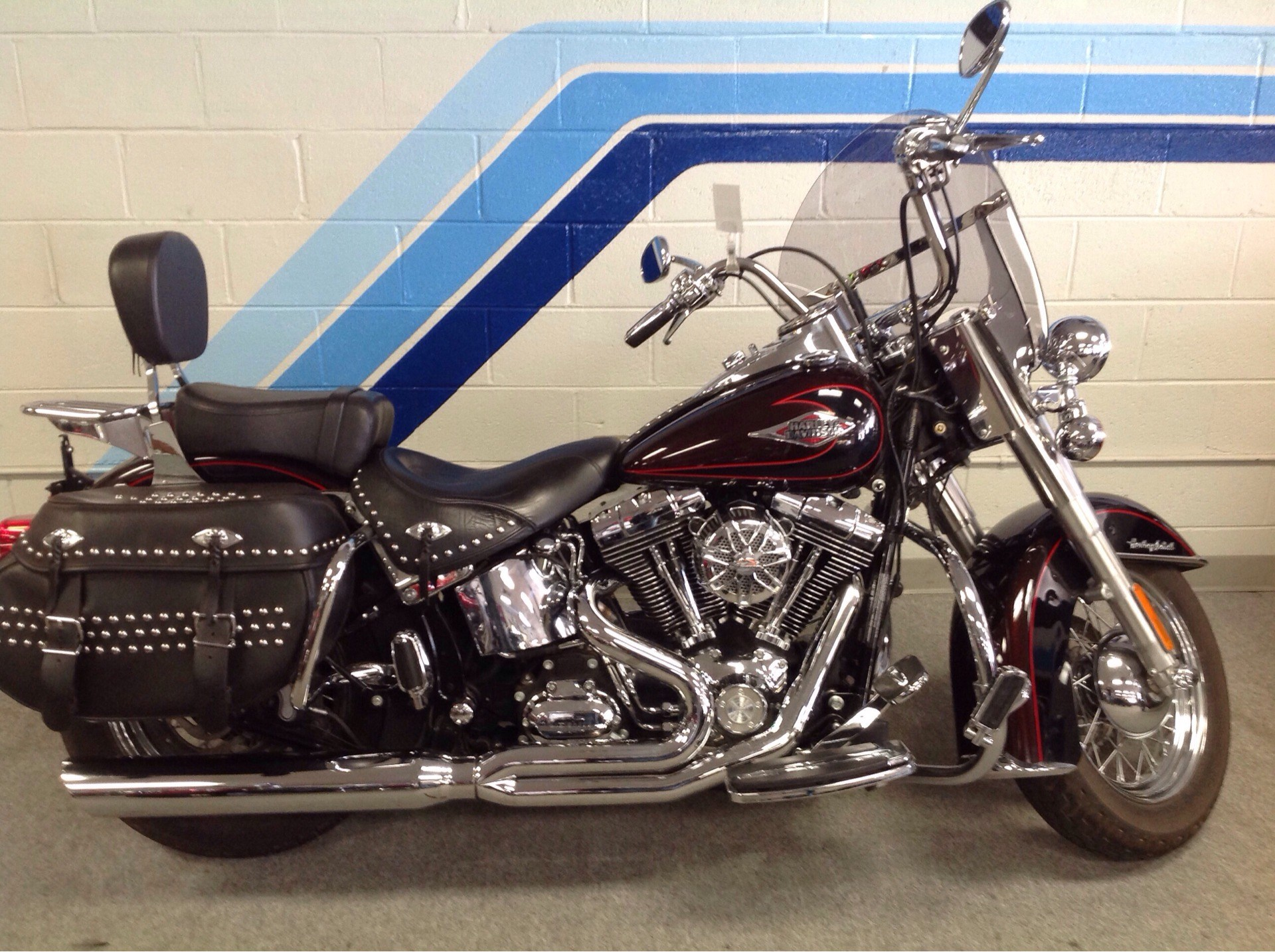 2011 Harley-Davidson Heritage Softail® Classic in Warren, Michigan - Photo 2