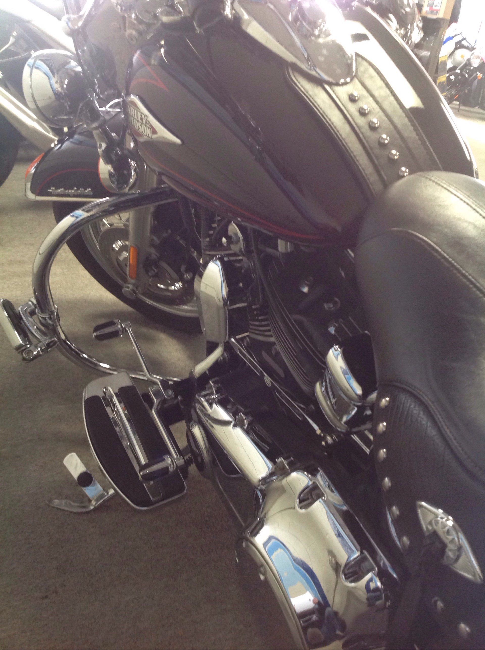 2011 Harley-Davidson Heritage Softail® Classic in Warren, Michigan - Photo 4