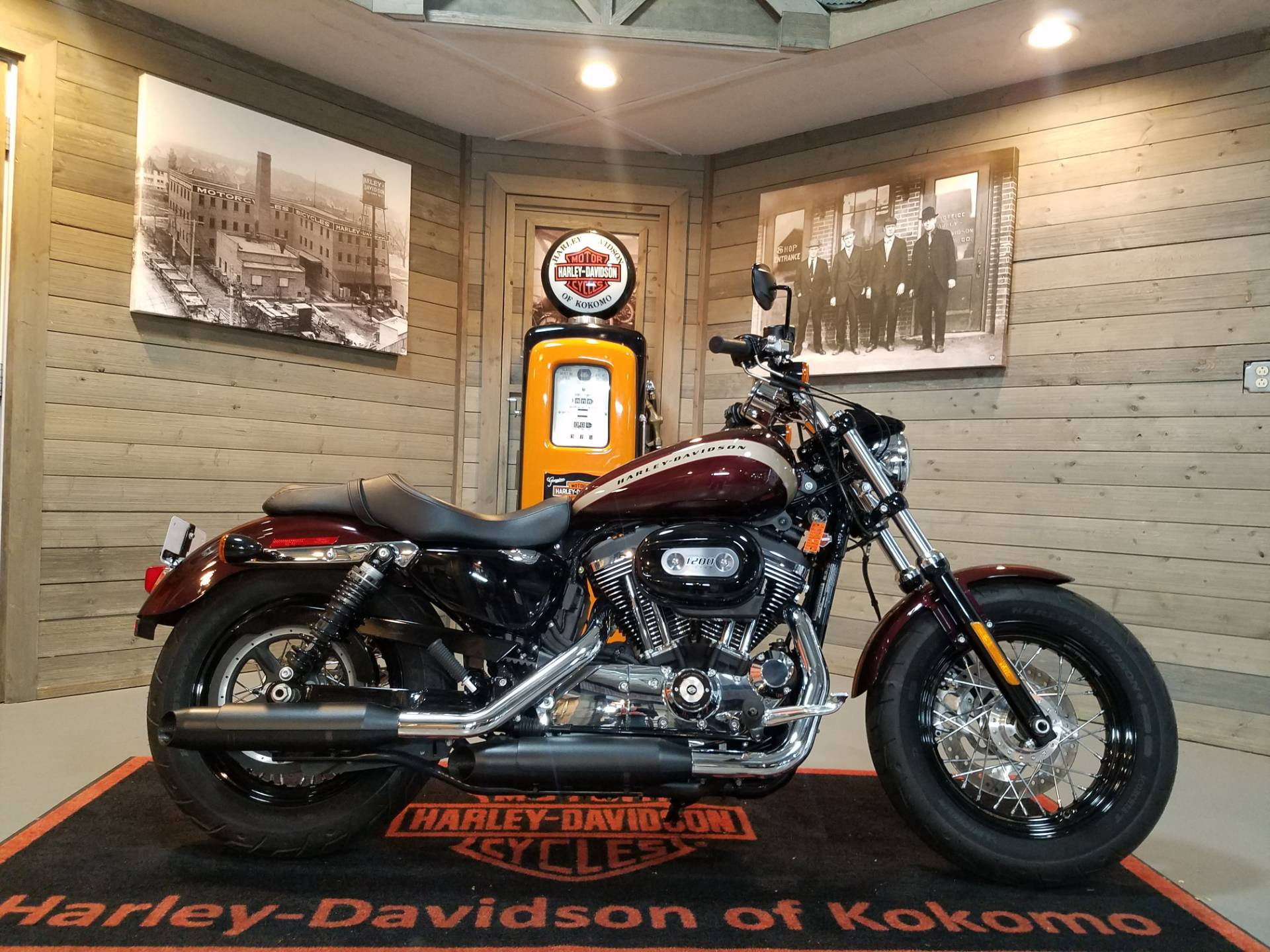 2018 Harley-Davidson 1200 Custom in Kokomo, Indiana - Photo 1