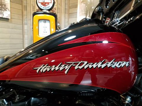 2017 Harley-Davidson CVO™ Street Glide® in Kokomo, Indiana - Photo 4