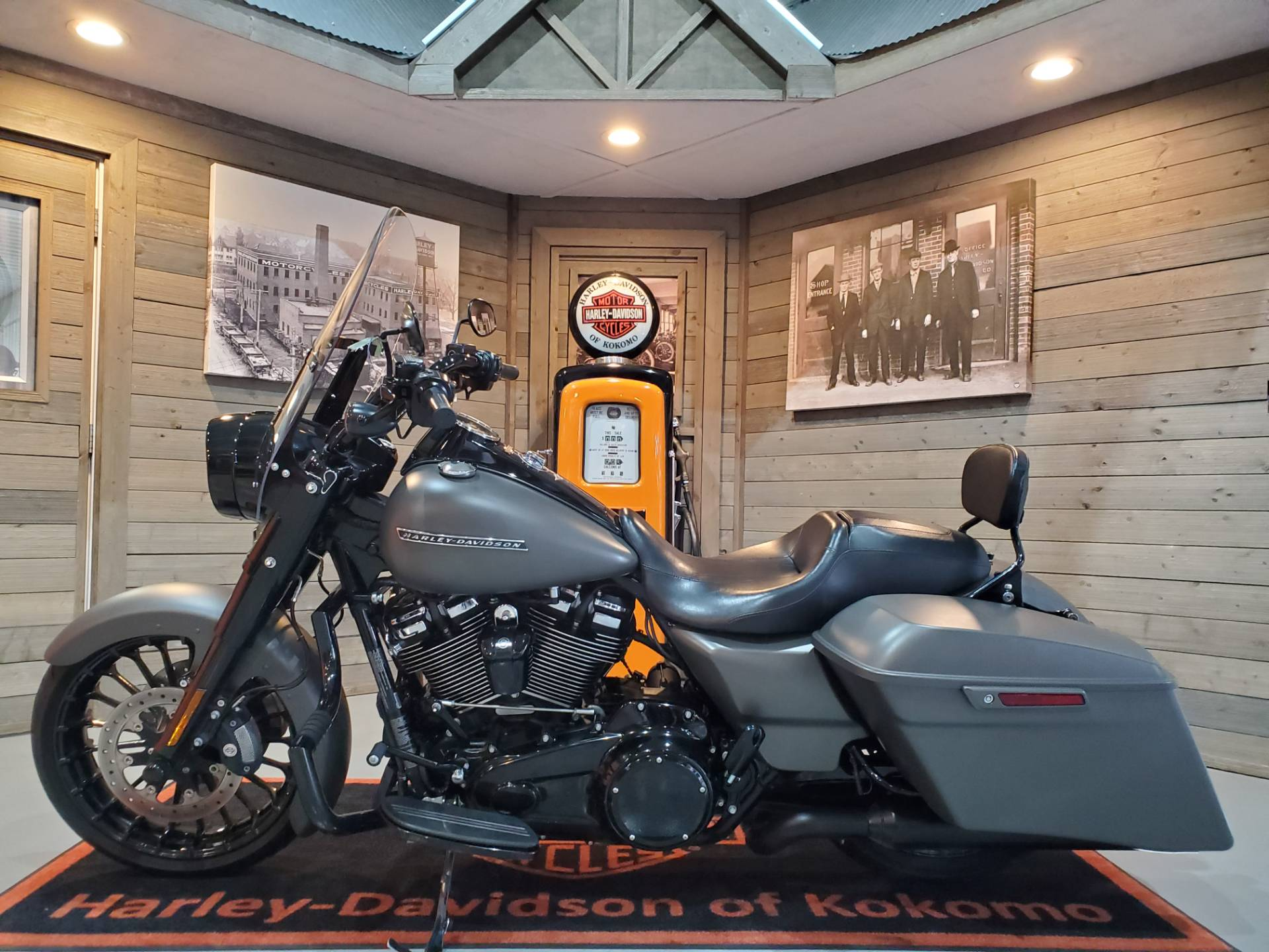 2018 Harley-Davidson Road King® Special in Kokomo, Indiana - Photo 8