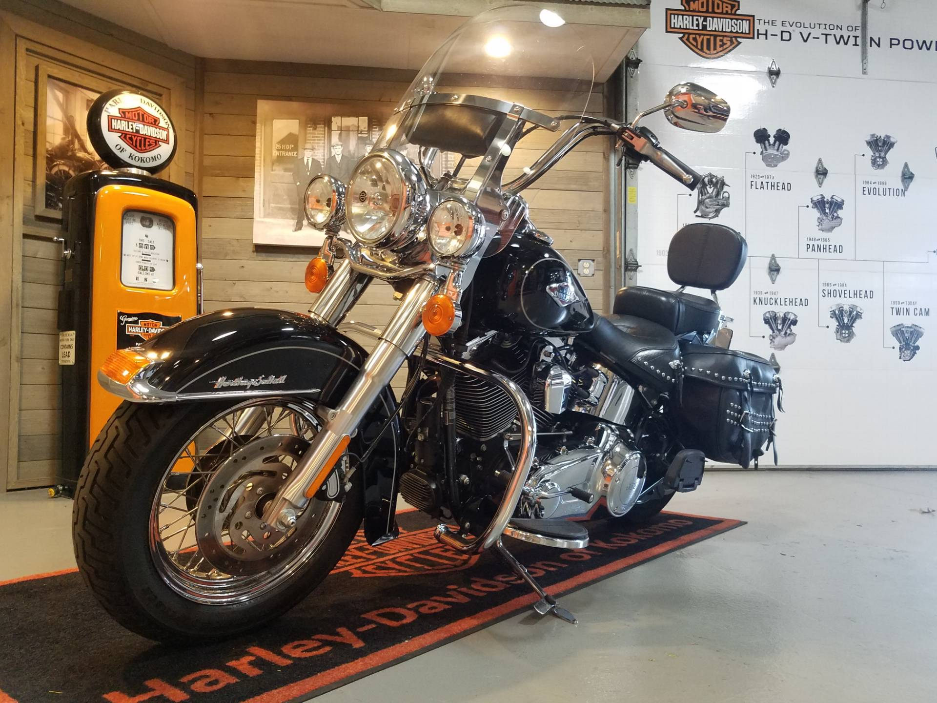2014 Harley-Davidson Heritage Softail® Classic in Kokomo, Indiana - Photo 8