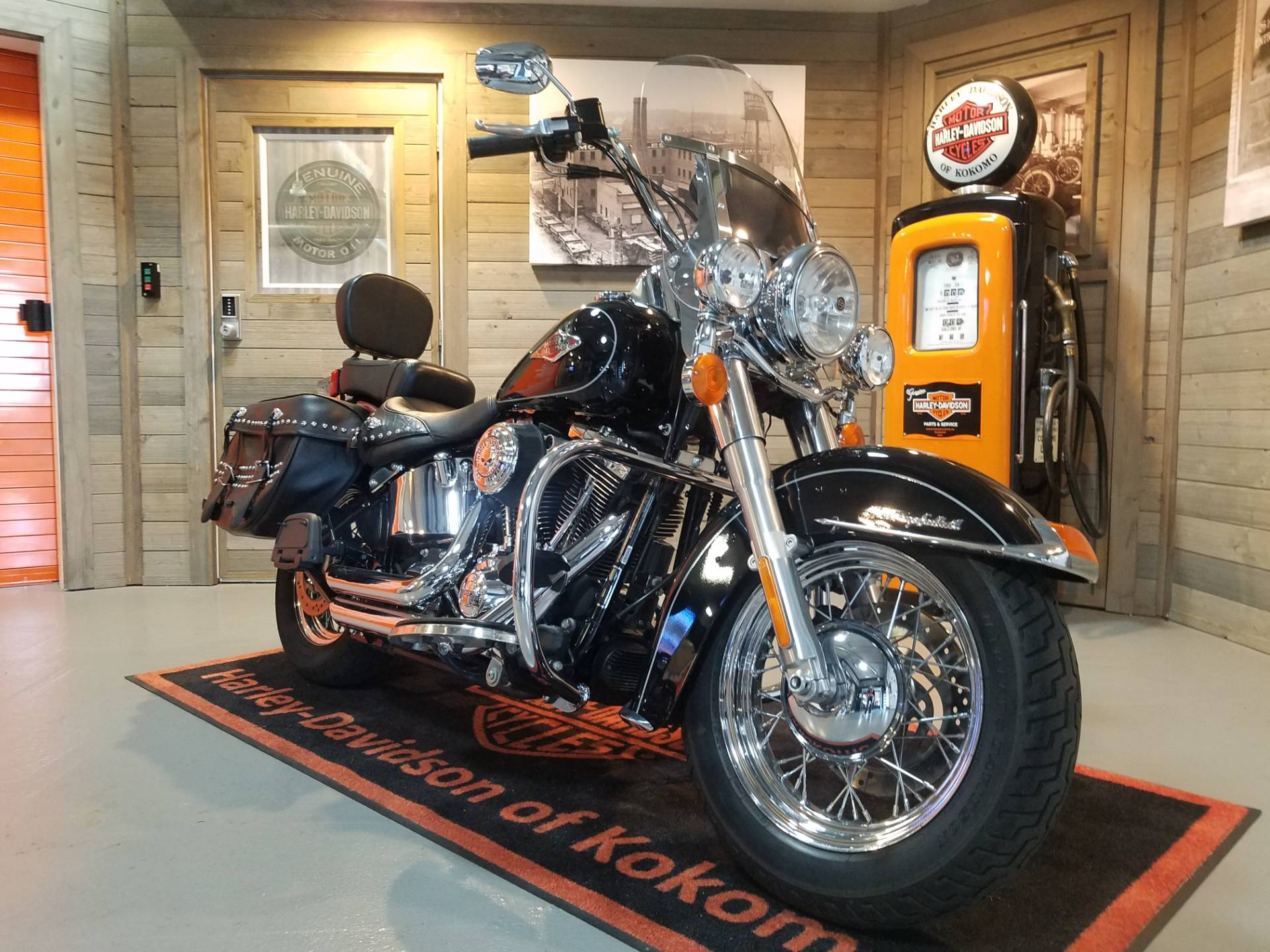 2014 Harley-Davidson Heritage Softail® Classic in Kokomo, Indiana - Photo 2