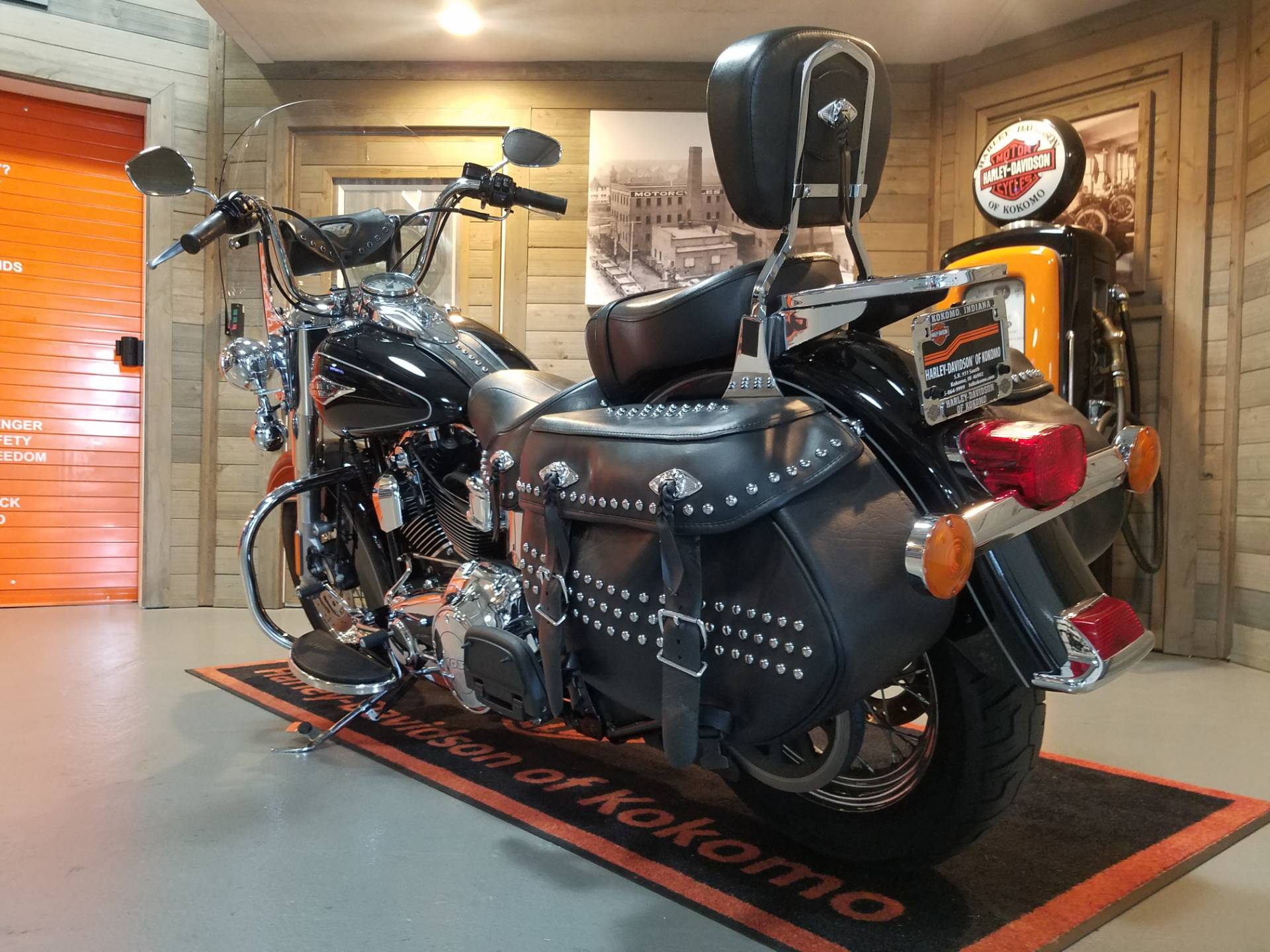 2014 Harley-Davidson Heritage Softail® Classic in Kokomo, Indiana - Photo 9