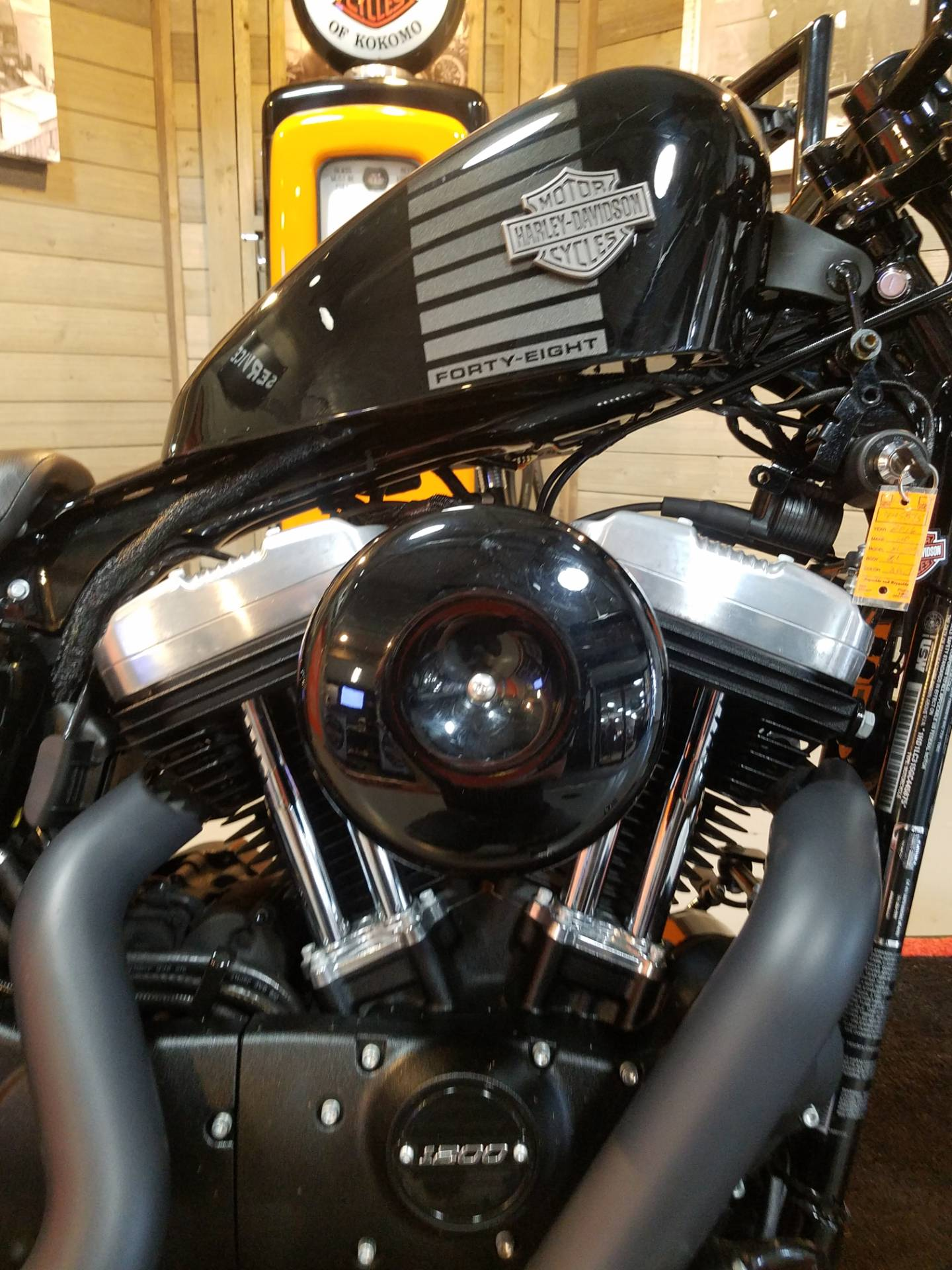 2016 Harley-Davidson Forty-Eight® in Kokomo, Indiana - Photo 6