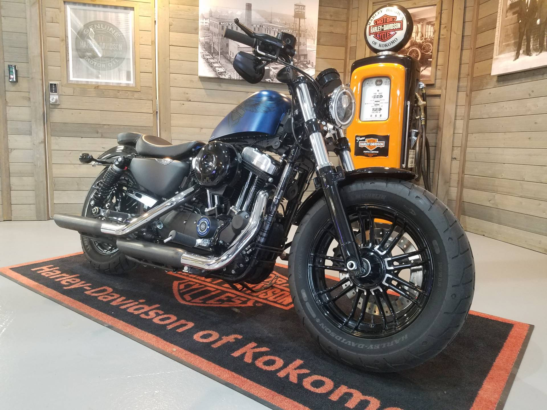 2018 Harley-Davidson 115th Anniversary Forty-Eight® in Kokomo, Indiana - Photo 2