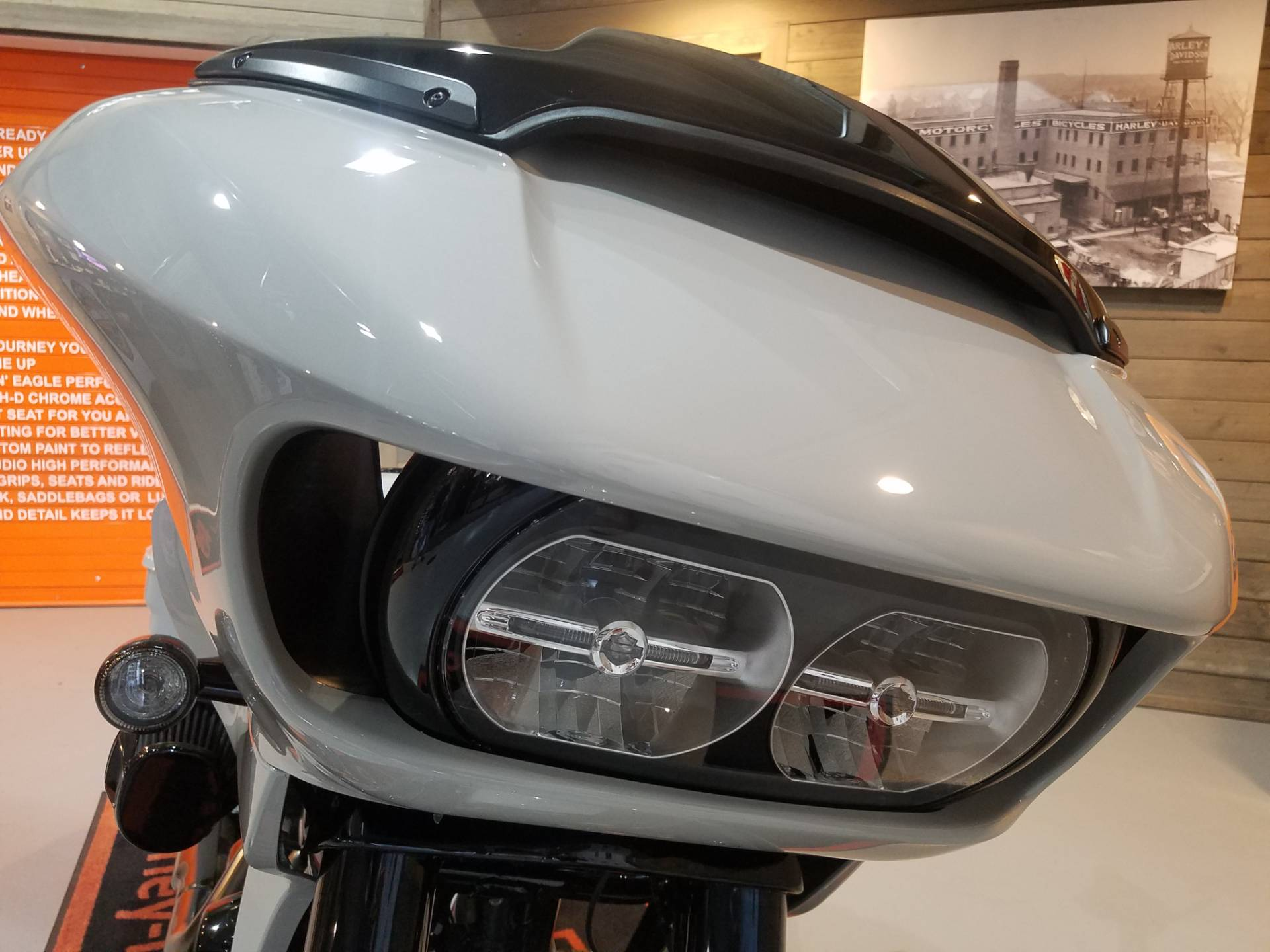 2020 Harley-Davidson CVO™ Road Glide® in Kokomo, Indiana - Photo 14