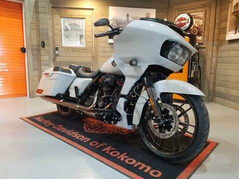 2020 Harley-Davidson CVO™ Road Glide® in Kokomo, Indiana - Photo 4