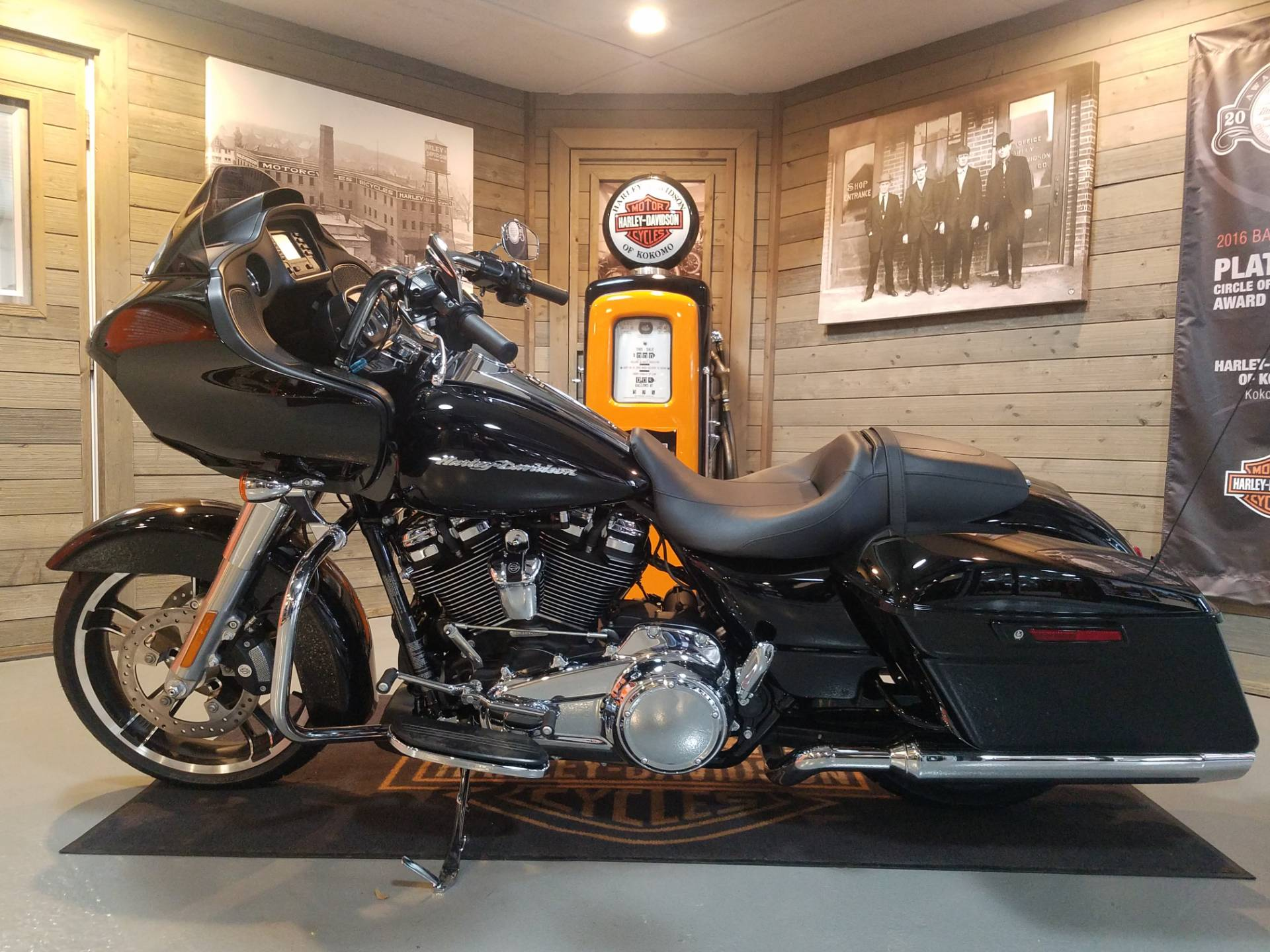 2019 Harley-Davidson Road Glide® in Kokomo, Indiana - Photo 7