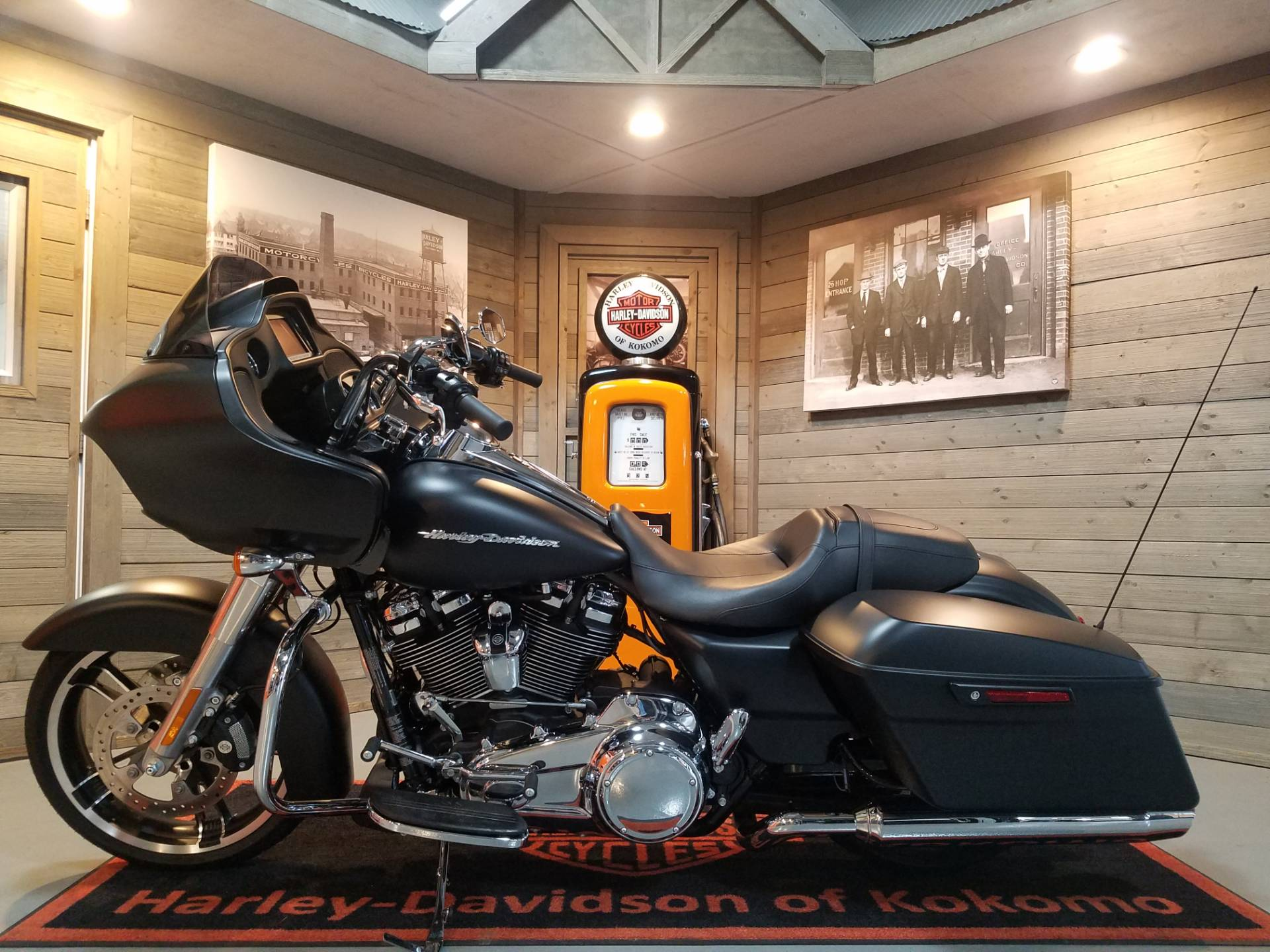 2018 Harley-Davidson Road Glide® in Kokomo, Indiana - Photo 7