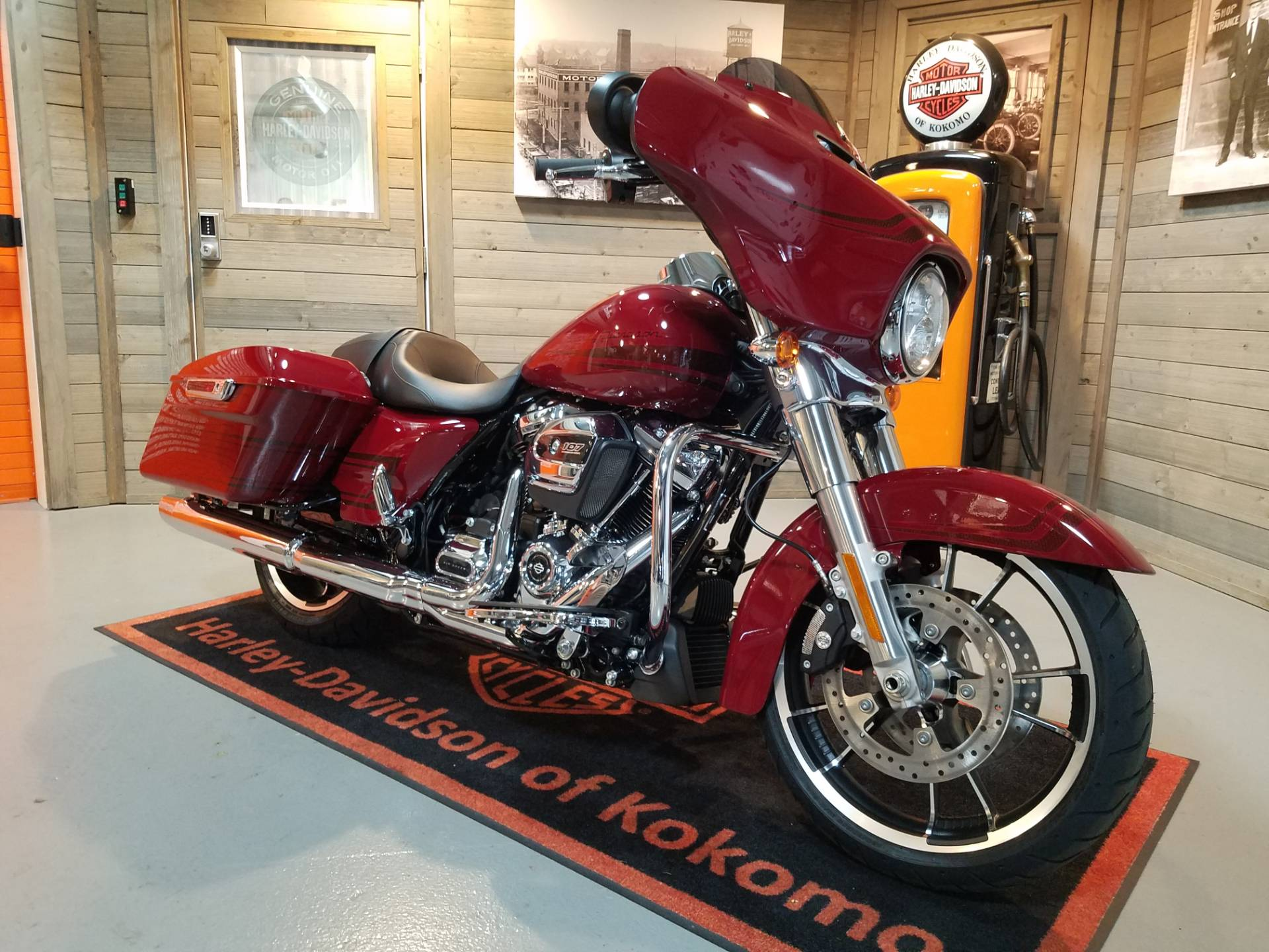 2020 Harley-Davidson Street Glide® in Kokomo, Indiana - Photo 2