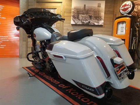 2020 Harley-Davidson CVO™ Street Glide® in Kokomo, Indiana - Photo 9