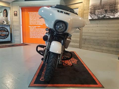 2020 Harley-Davidson CVO™ Street Glide® in Kokomo, Indiana - Photo 10