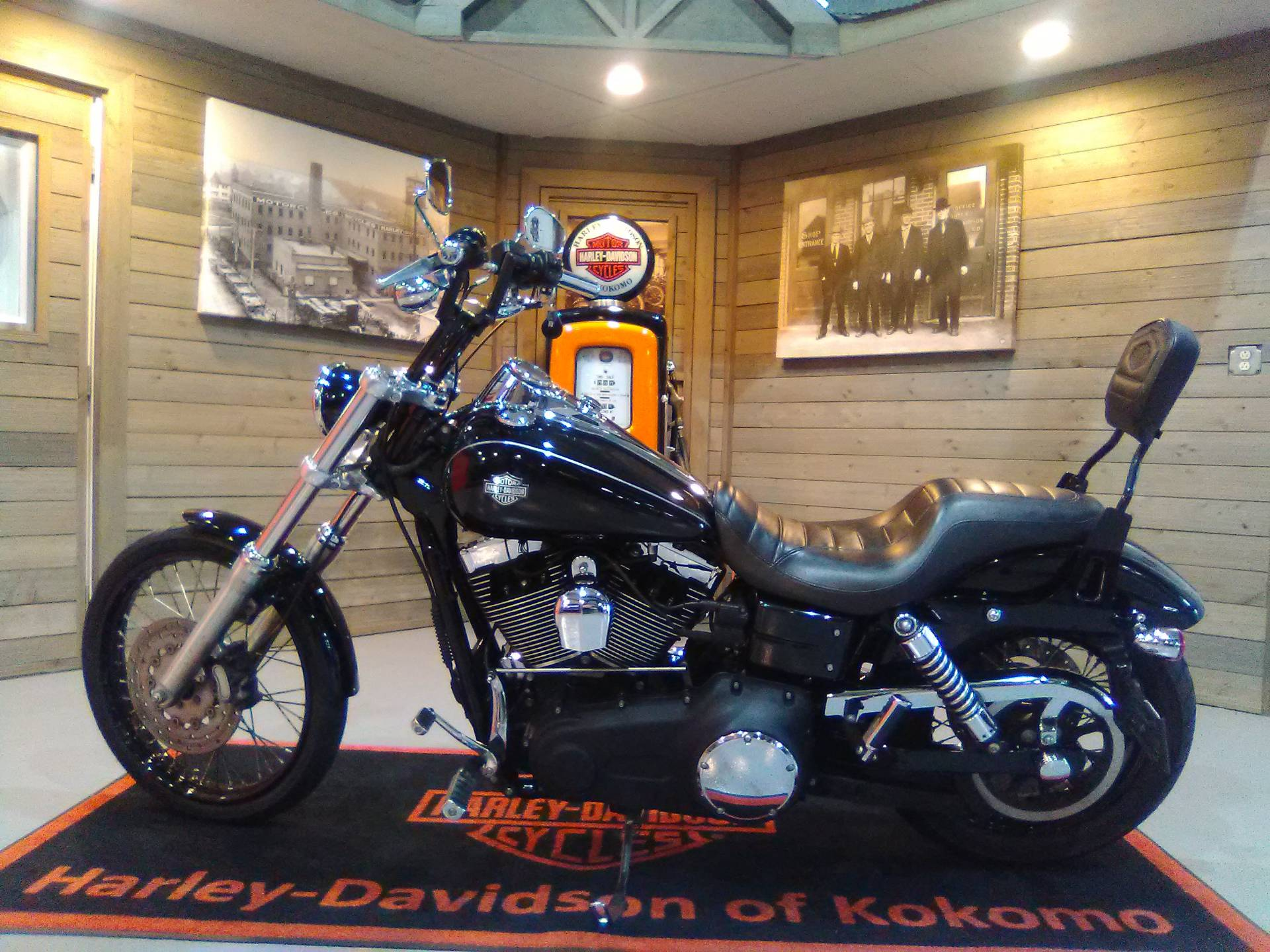 2010 Harley-Davidson Dyna® Wide Glide® in Kokomo, Indiana - Photo 7