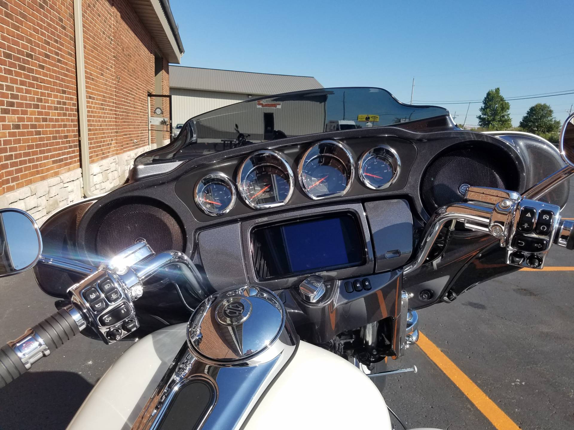 2020 Harley-Davidson CVO™ Tri Glide® in Kokomo, Indiana - Photo 18