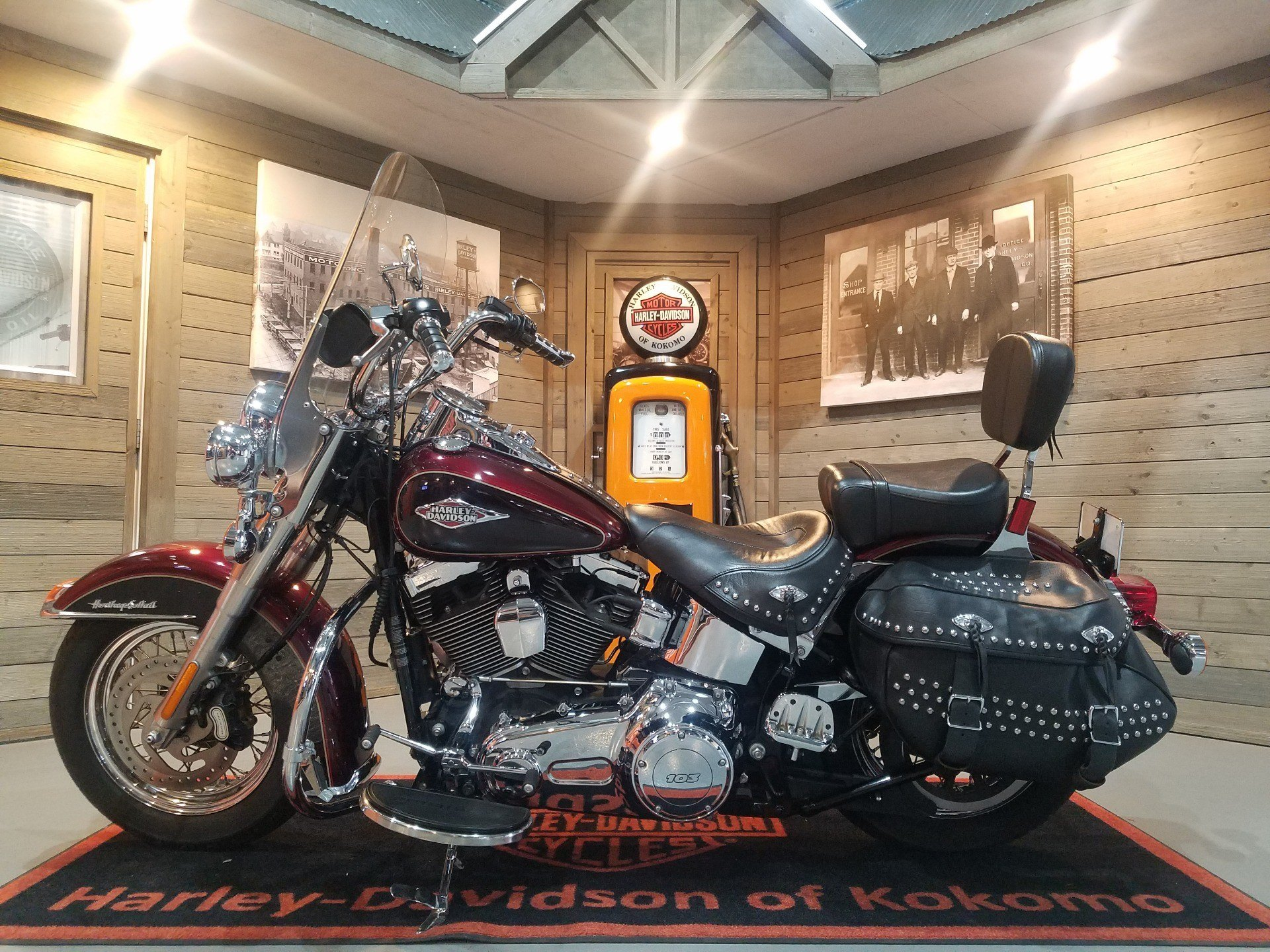 2015 Harley-Davidson Heritage Softail® Classic in Kokomo, Indiana - Photo 6