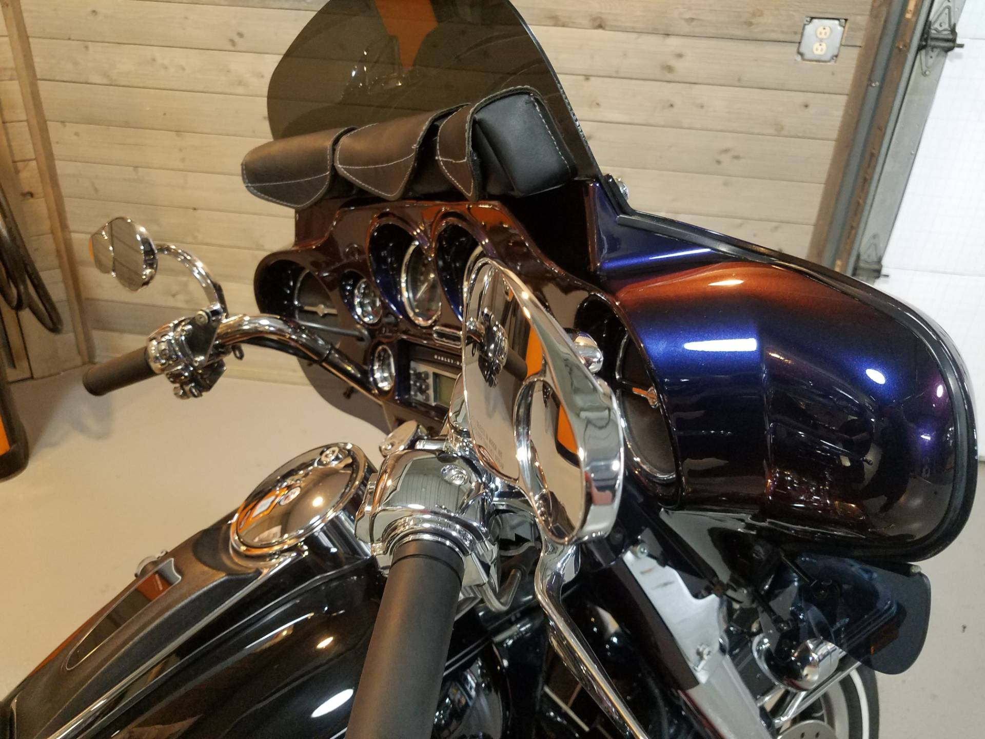 2006 Harley-Davidson Ultra Classic® Electra Glide® in Kokomo, Indiana - Photo 11