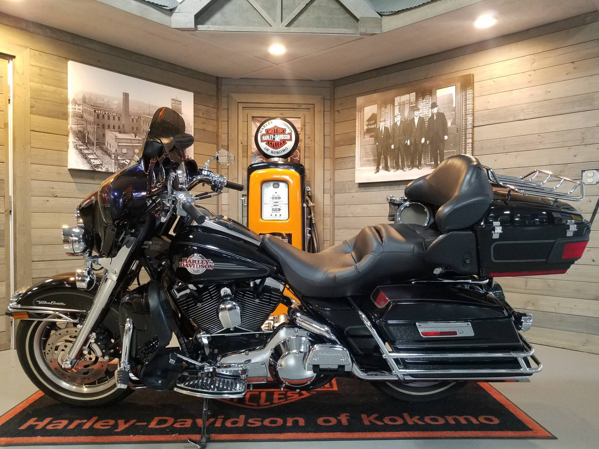 2006 Harley-Davidson Ultra Classic® Electra Glide® in Kokomo, Indiana - Photo 6