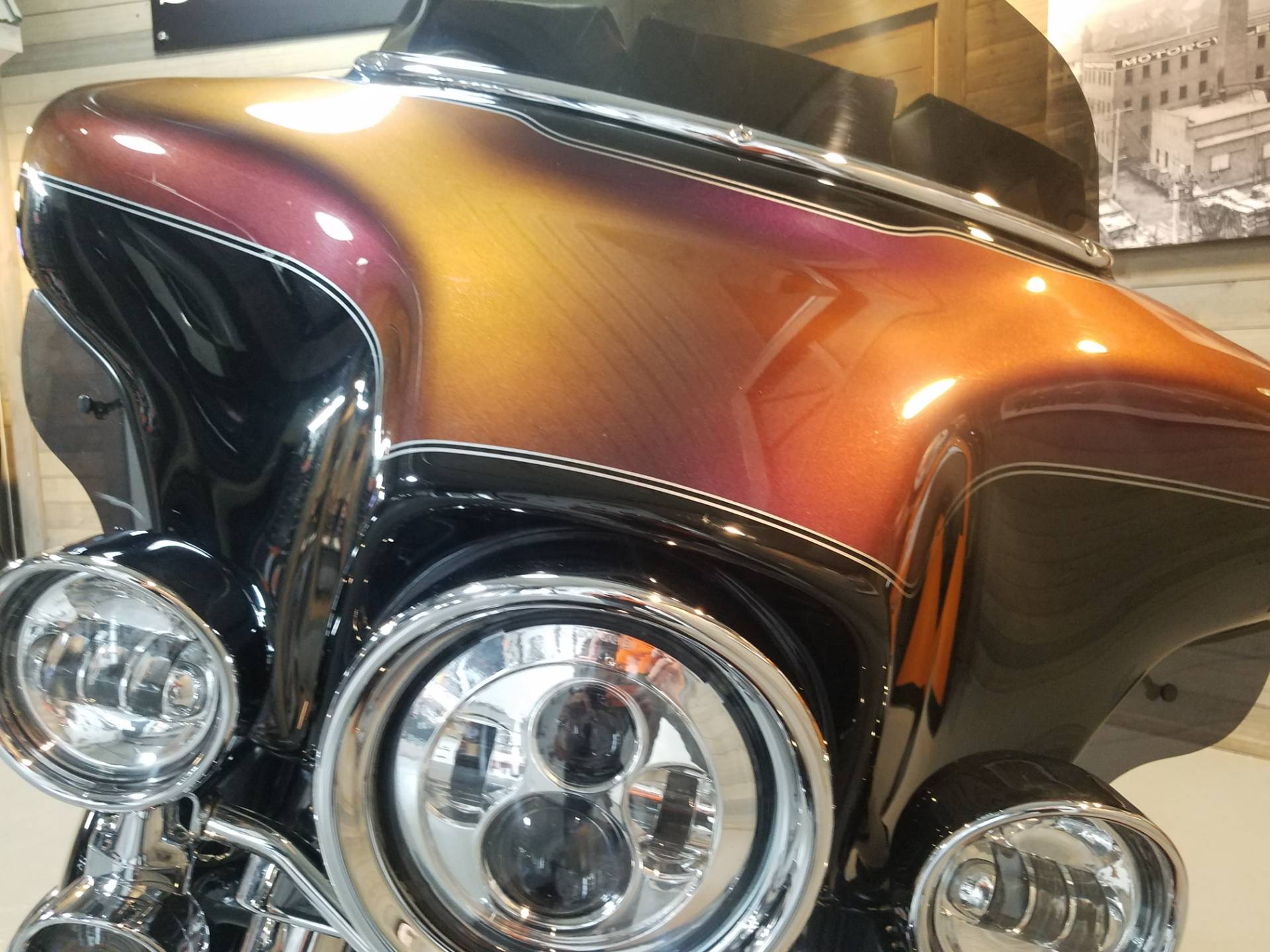 2006 Harley-Davidson Ultra Classic® Electra Glide® in Kokomo, Indiana - Photo 10
