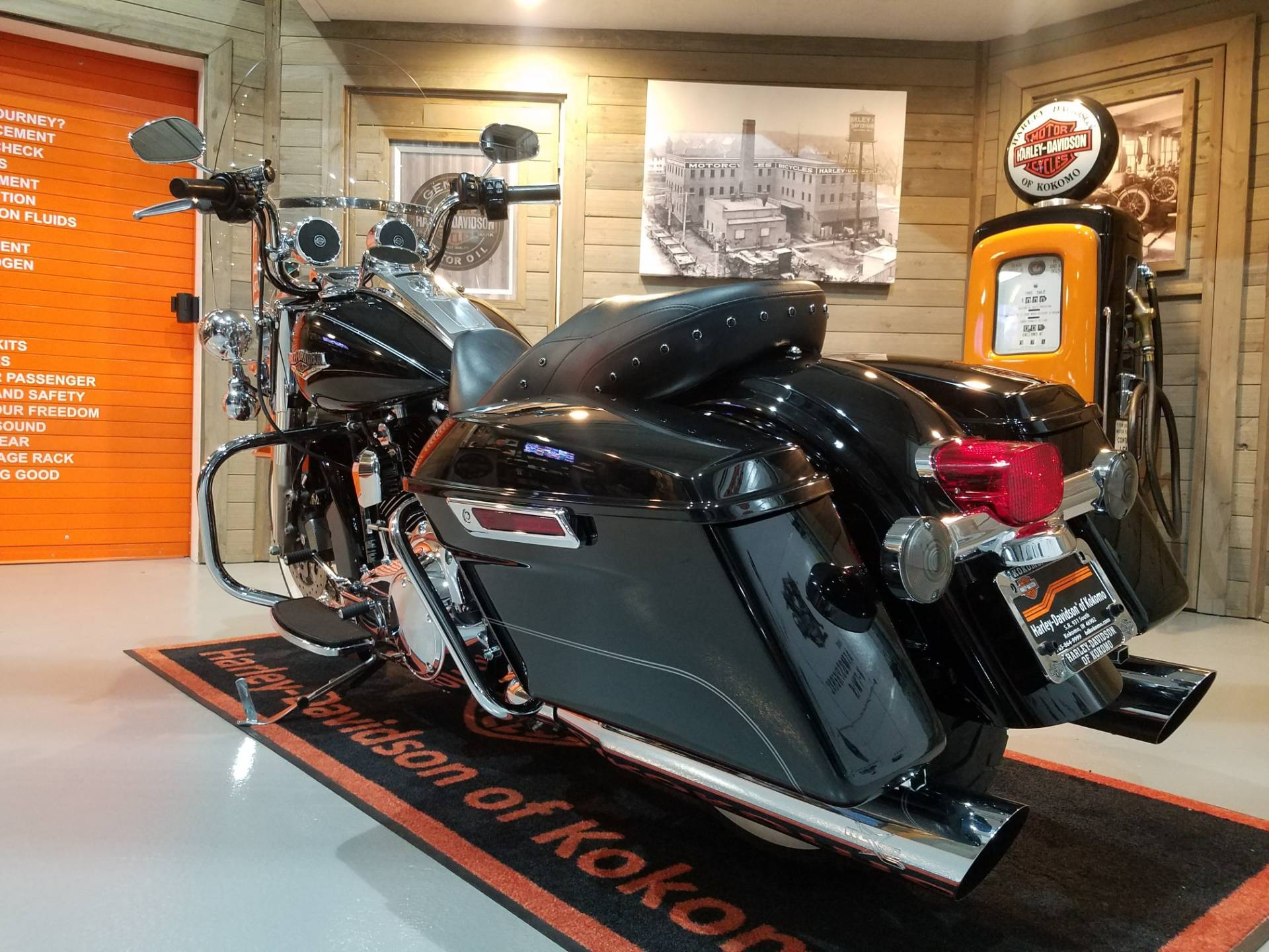 2014 Harley-Davidson Road King® in Kokomo, Indiana - Photo 9