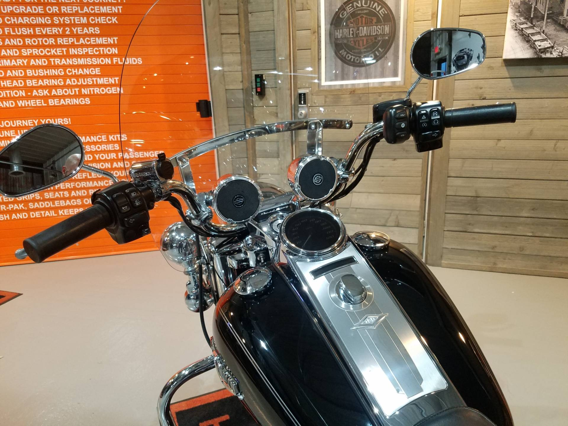 2014 Harley-Davidson Road King® in Kokomo, Indiana - Photo 11