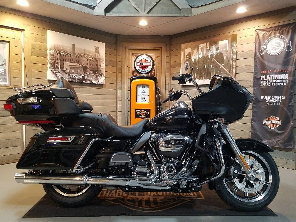 2019 Harley-Davidson Road Glide® Ultra in Kokomo, Indiana - Photo 1
