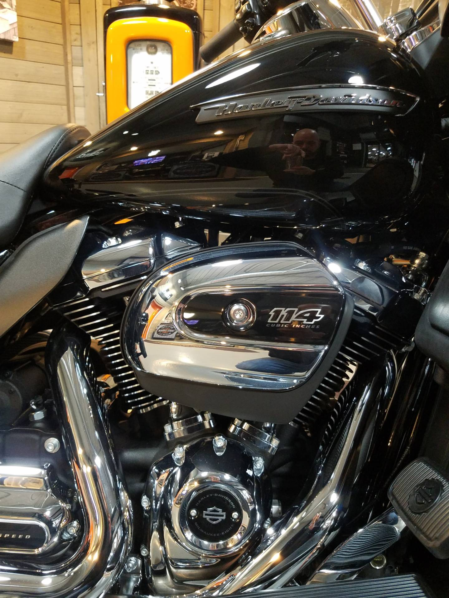 2019 Harley-Davidson Road Glide® Ultra in Kokomo, Indiana - Photo 6