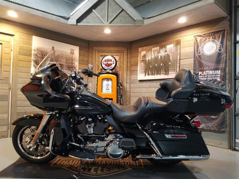 2019 Harley-Davidson Road Glide® Ultra in Kokomo, Indiana - Photo 7