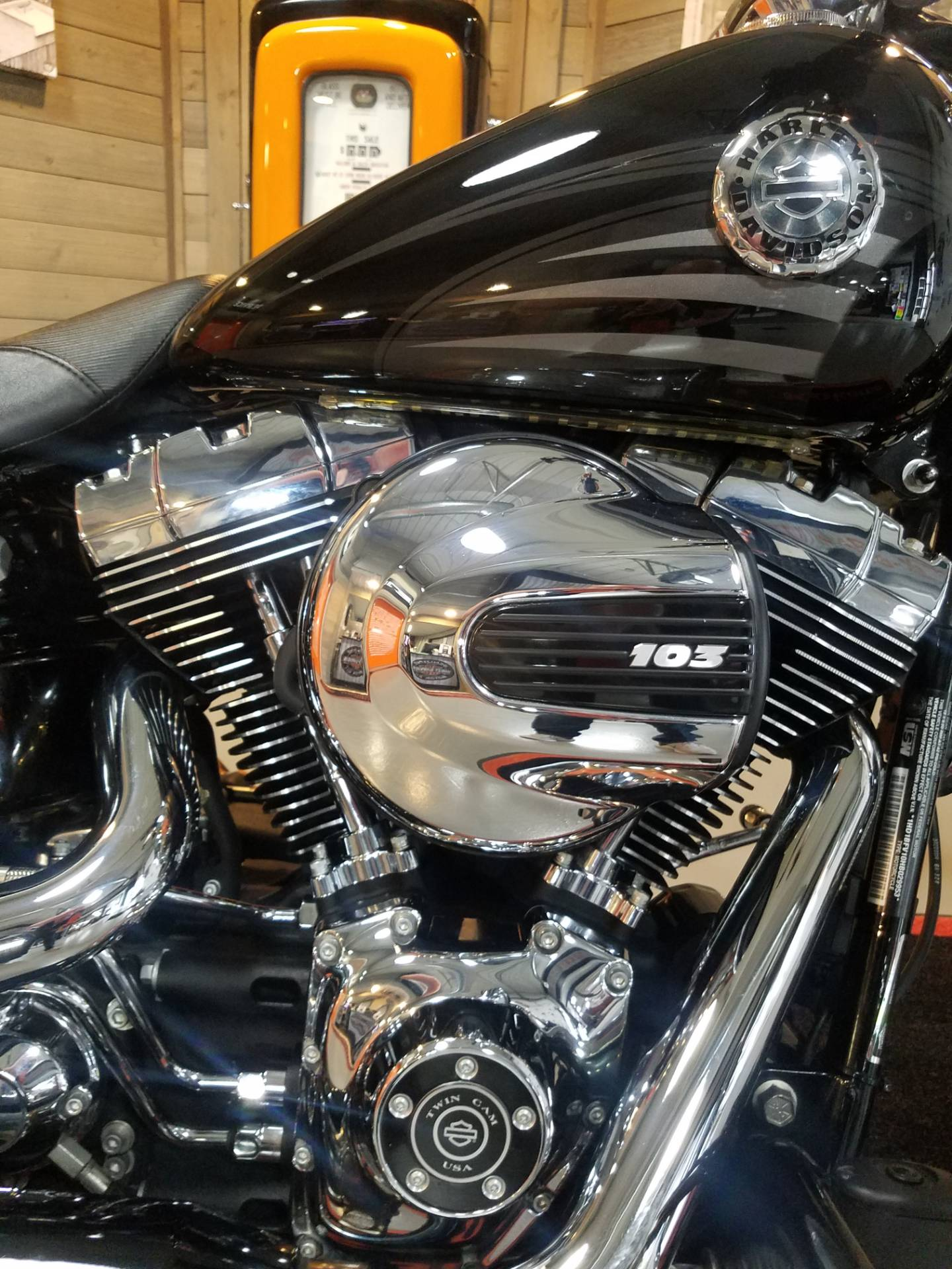 2017 Harley-Davidson Breakout® in Kokomo, Indiana - Photo 7