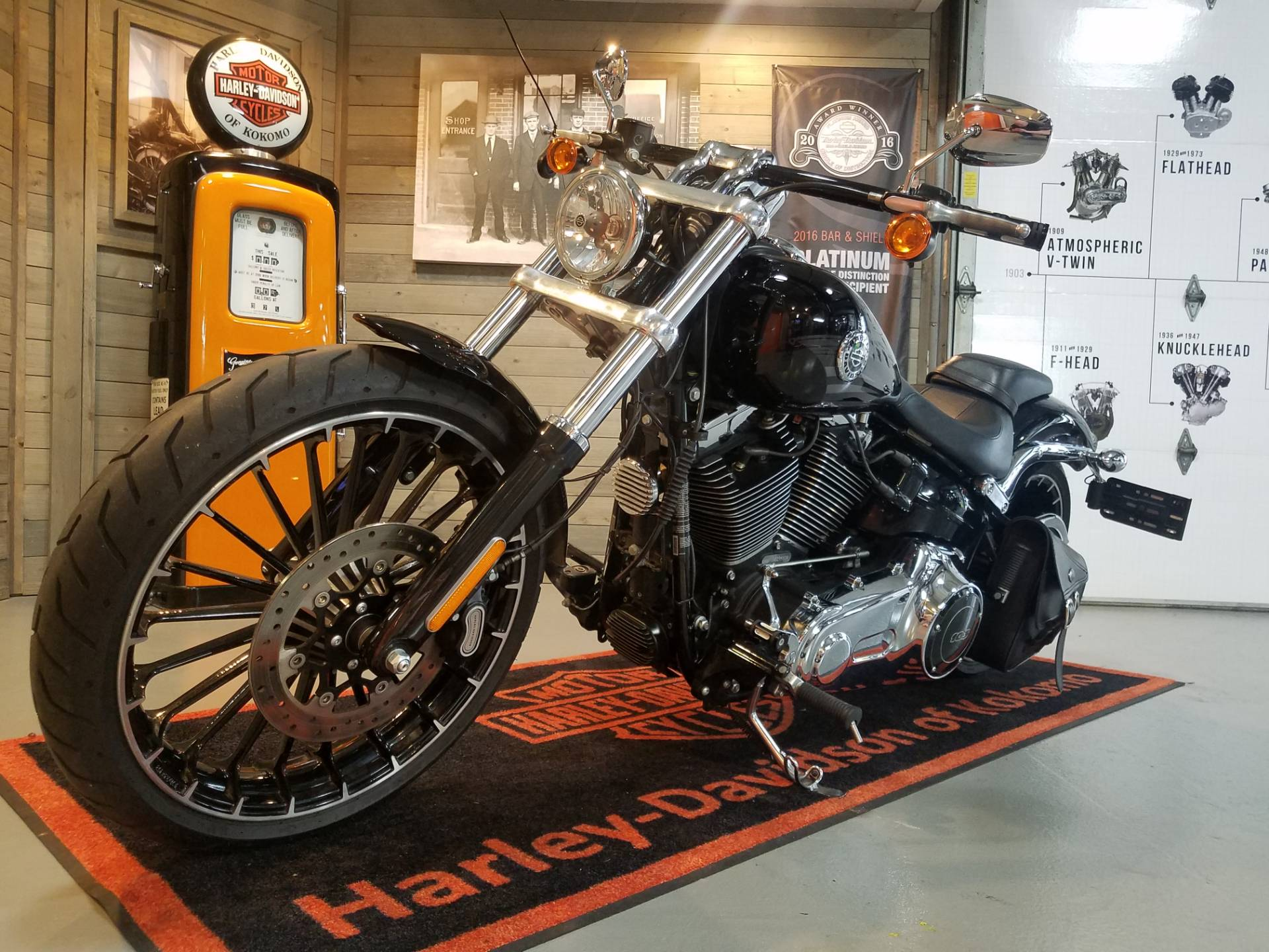 2017 Harley-Davidson Breakout® in Kokomo, Indiana - Photo 9