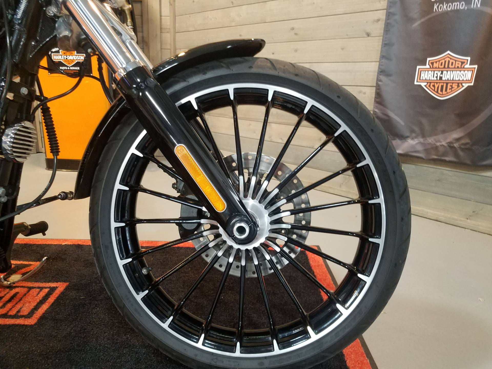 2017 Harley-Davidson Breakout® in Kokomo, Indiana - Photo 13