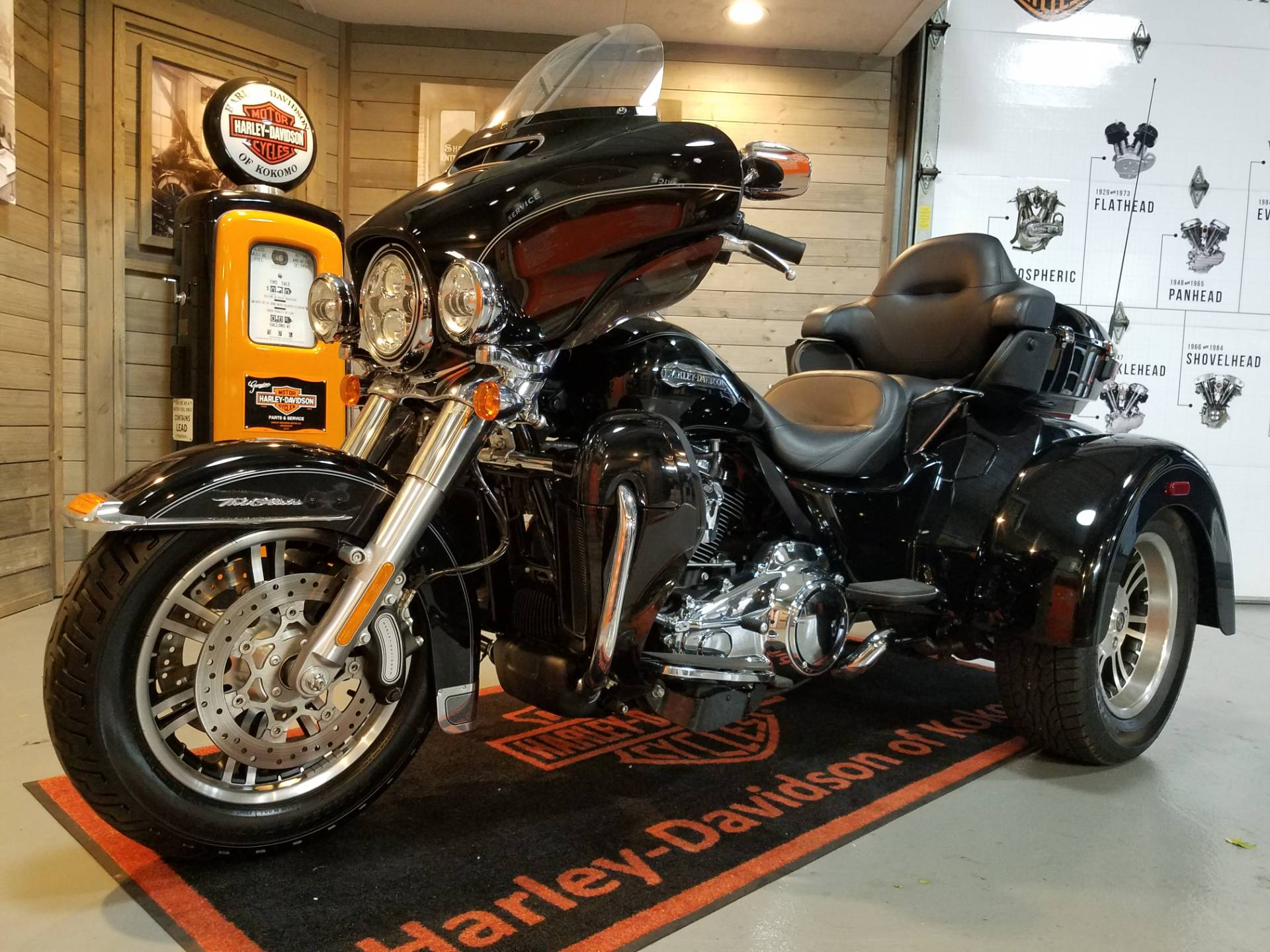 2017 Harley-Davidson Tri Glide® Ultra in Kokomo, Indiana - Photo 7