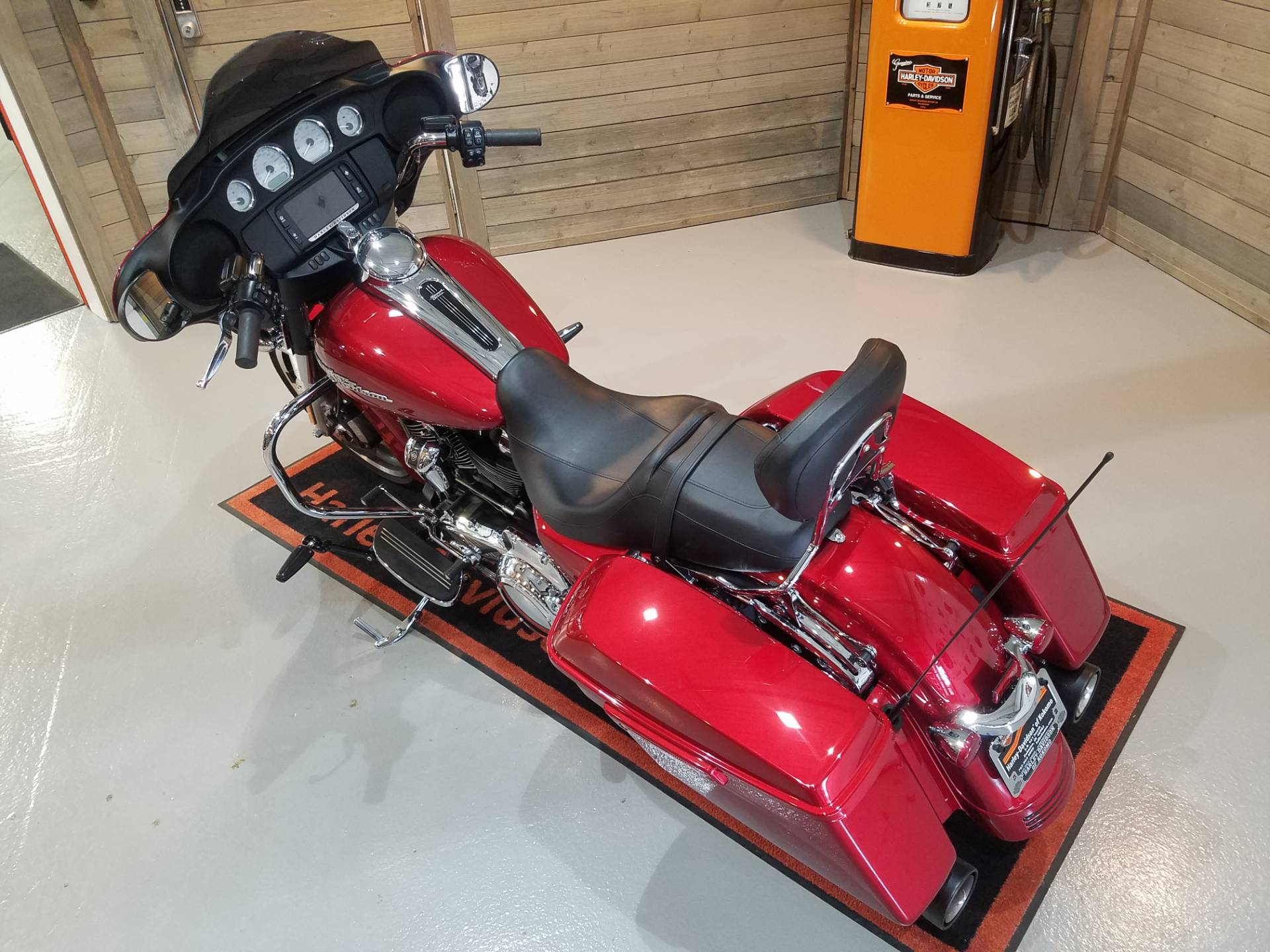 2018 Harley-Davidson Street Glide® in Kokomo, Indiana - Photo 13