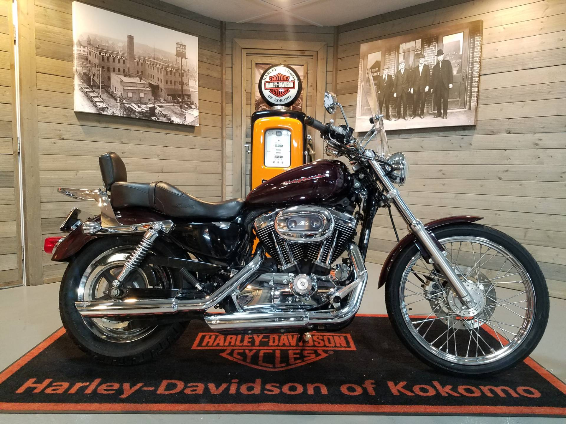 2007 Harley-Davidson Sportster® 1200 Custom in Kokomo, Indiana - Photo 1