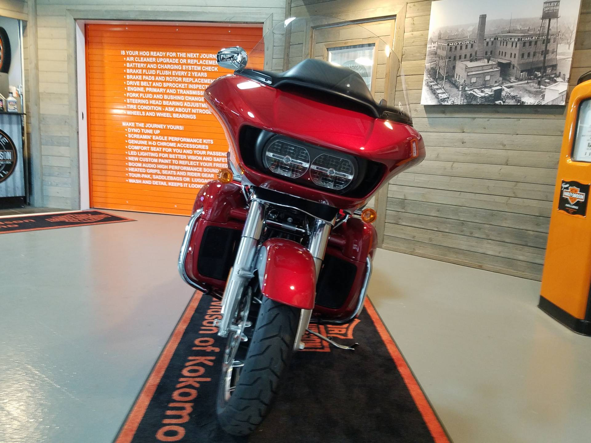 2019 Harley-Davidson Road Glide® Ultra in Kokomo, Indiana - Photo 11