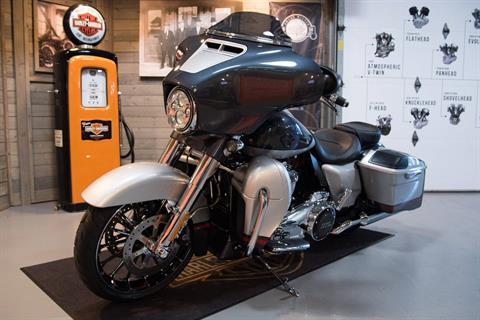 2019 Harley-Davidson CVO™ Street Glide® in Kokomo, Indiana - Photo 10