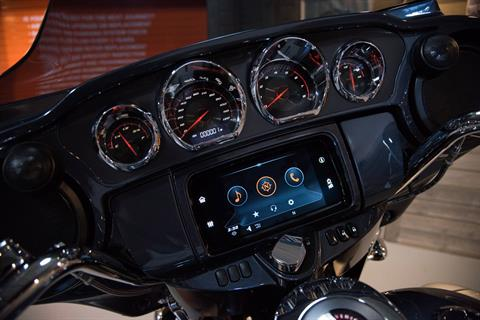 2019 Harley-Davidson CVO™ Street Glide® in Kokomo, Indiana - Photo 15
