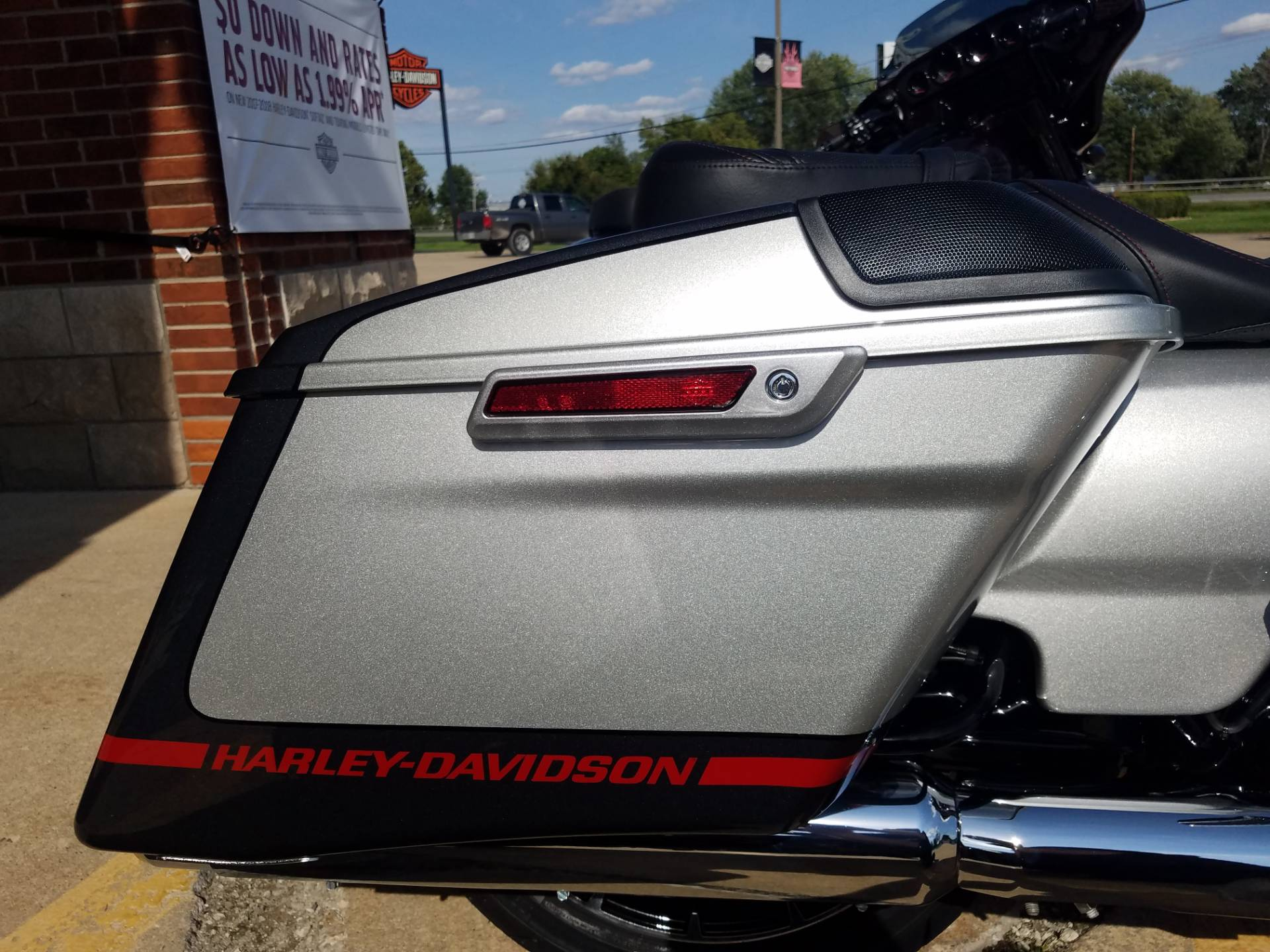 2019 Harley-Davidson CVO™ Street Glide® in Kokomo, Indiana - Photo 24