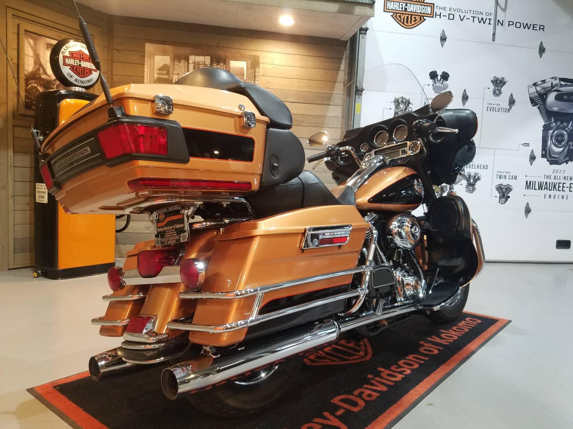 2008 Harley-Davidson Ultra Classic® Electra Glide® in Kokomo, Indiana - Photo 3
