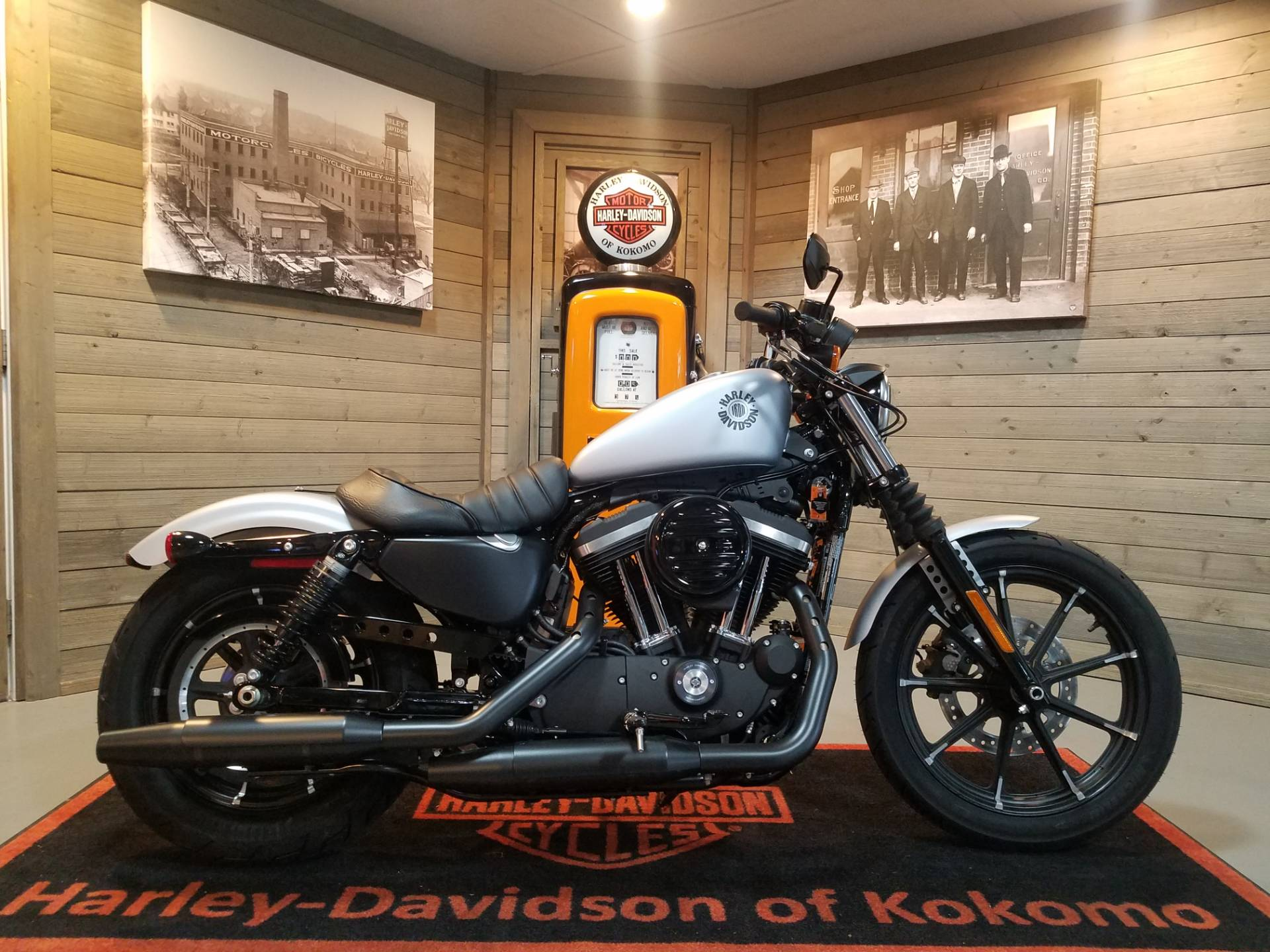 2020 Harley-Davidson Iron 883™ in Kokomo, Indiana - Photo 1