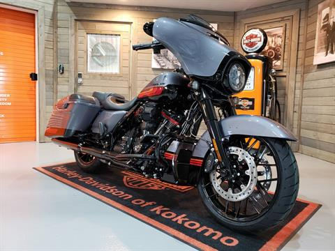 2020 Harley-Davidson CVO™ Street Glide® in Kokomo, Indiana - Photo 2
