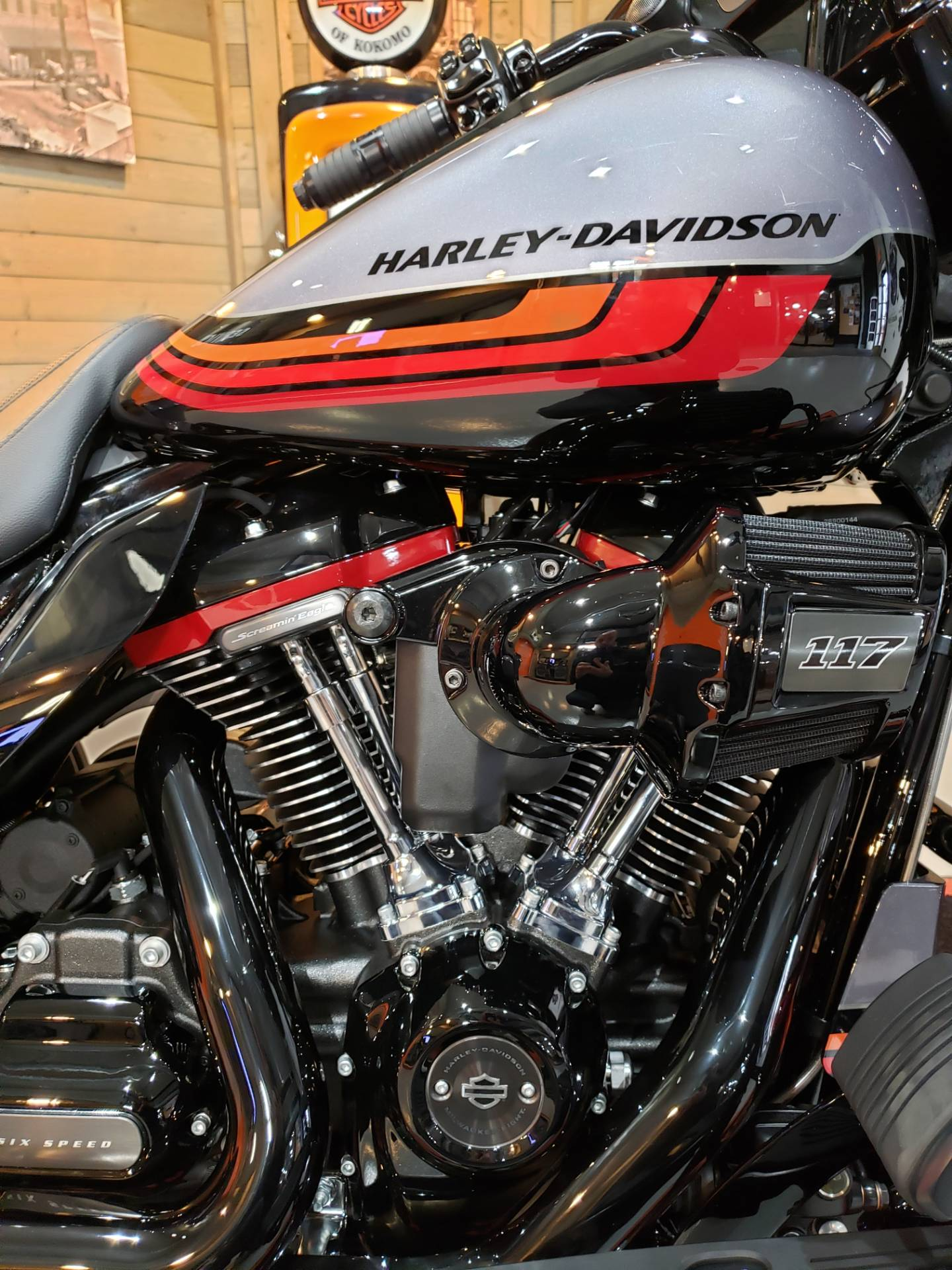 2020 Harley-Davidson CVO™ Street Glide® in Kokomo, Indiana - Photo 5
