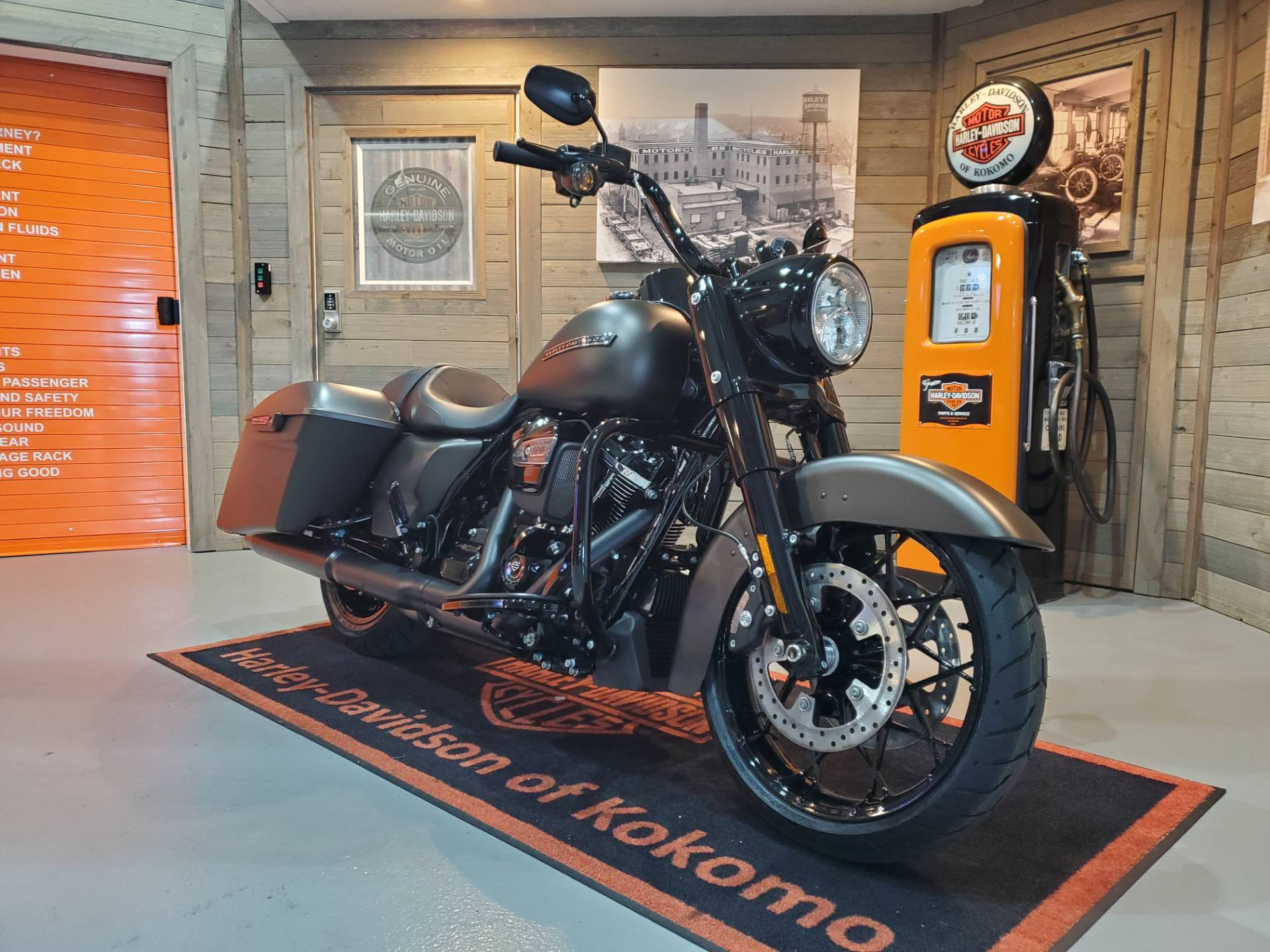 2020 Harley-Davidson Road King® Special in Kokomo, Indiana - Photo 2
