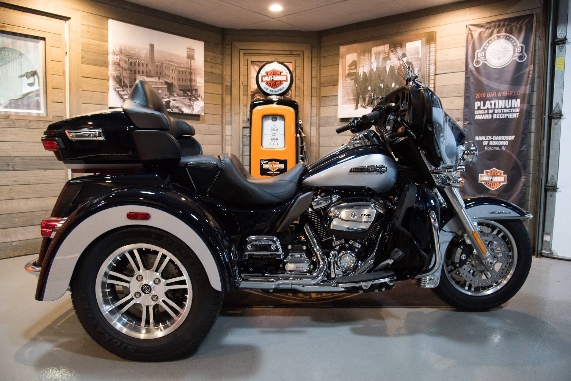 2019 Harley-Davidson Tri Glide® Ultra in Kokomo, Indiana - Photo 1