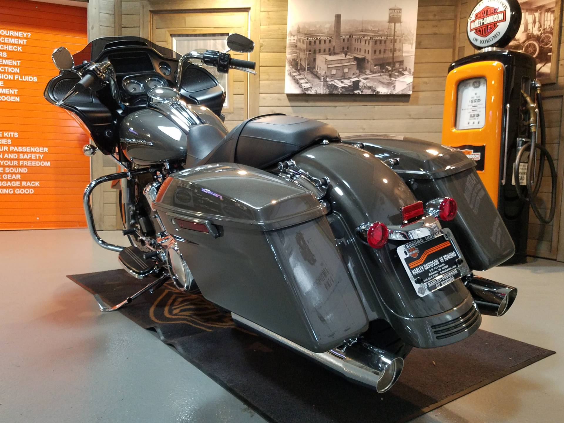 2019 Harley-Davidson Road Glide® in Kokomo, Indiana - Photo 8