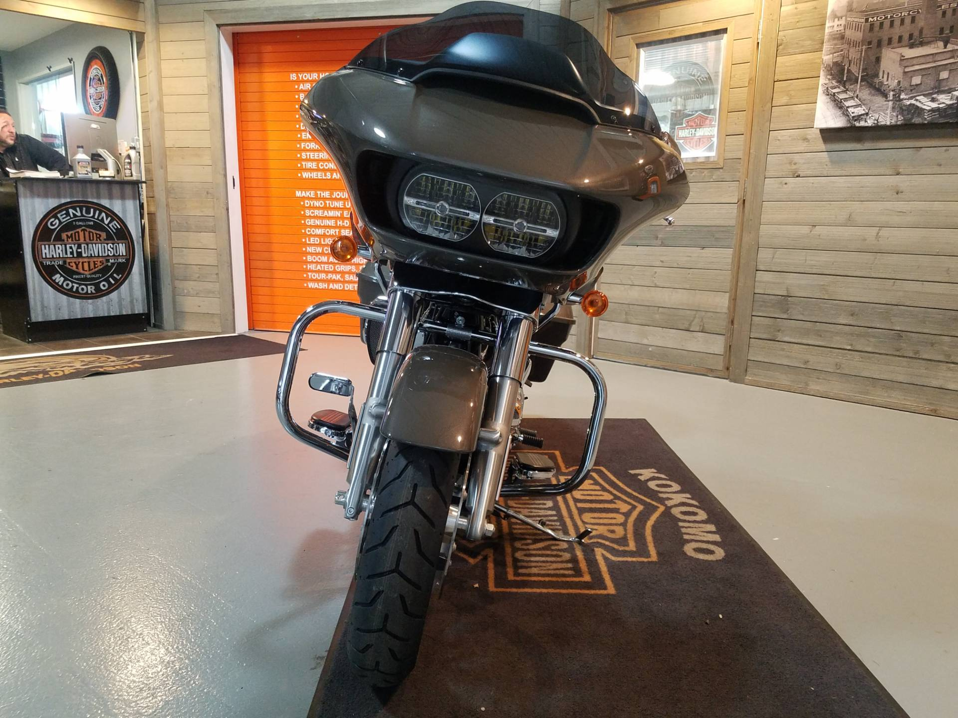 2019 Harley-Davidson Road Glide® in Kokomo, Indiana - Photo 9