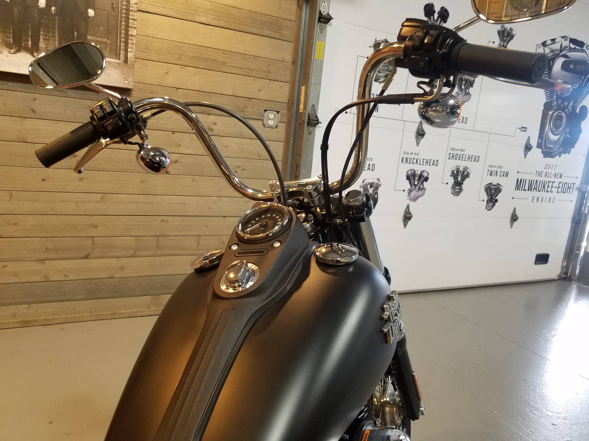 2016 Harley-Davidson Street Bob® in Kokomo, Indiana - Photo 11