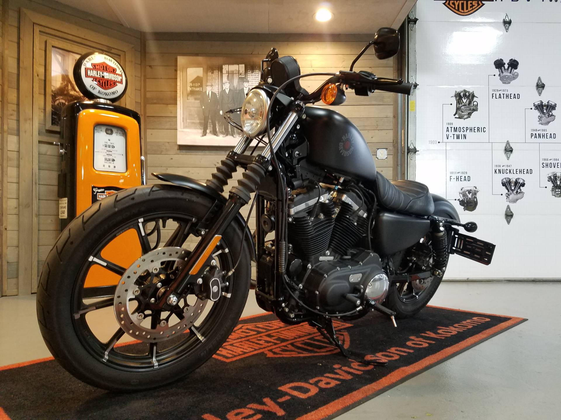 2018 Harley-Davidson Iron 883™ in Kokomo, Indiana - Photo 7