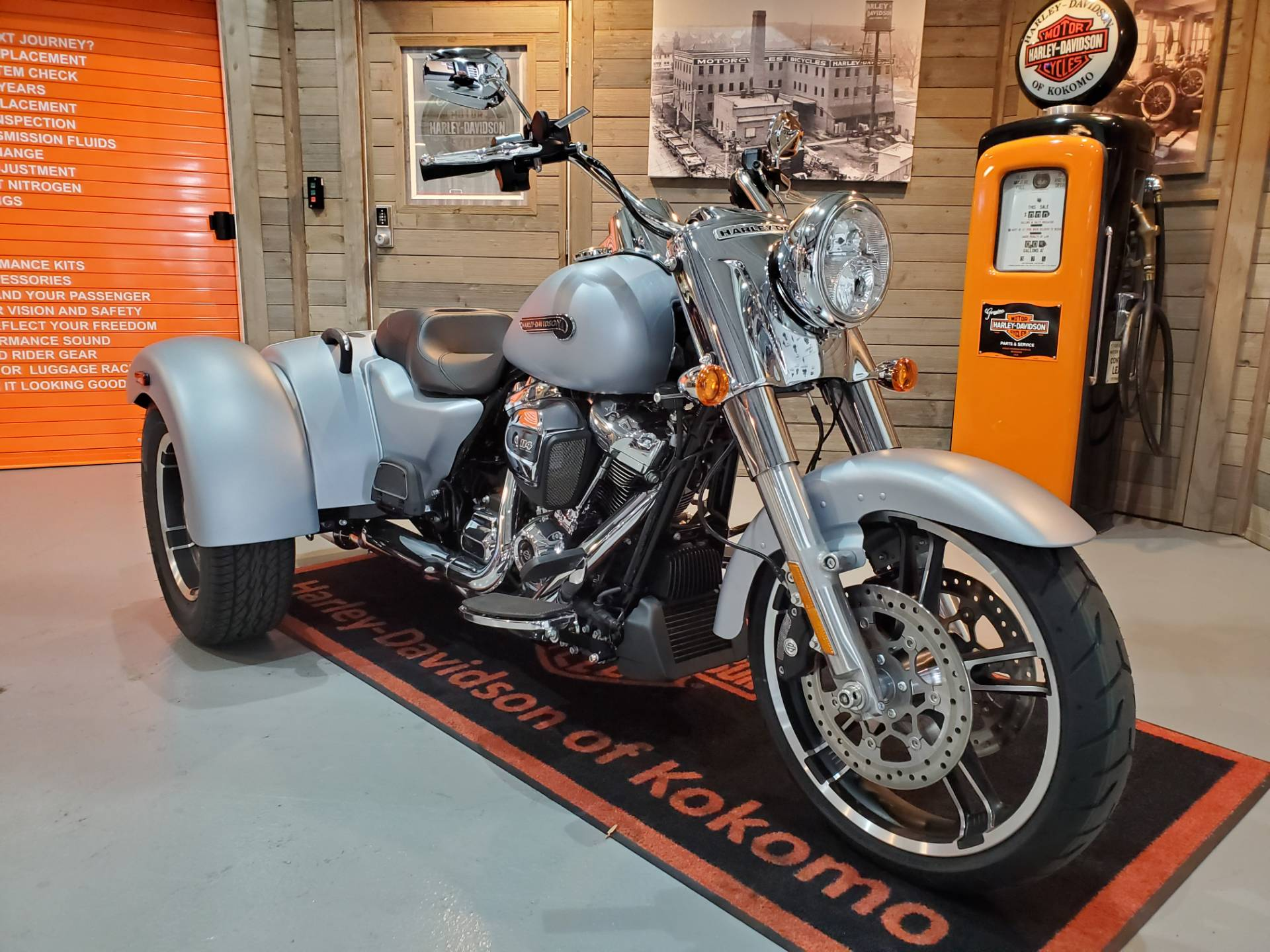 2020 Harley-Davidson Freewheeler® in Kokomo, Indiana - Photo 2